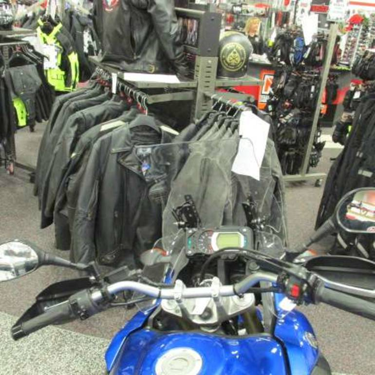 See more photos for this Yamaha Super Ténéré, 2012 motorcycle listing