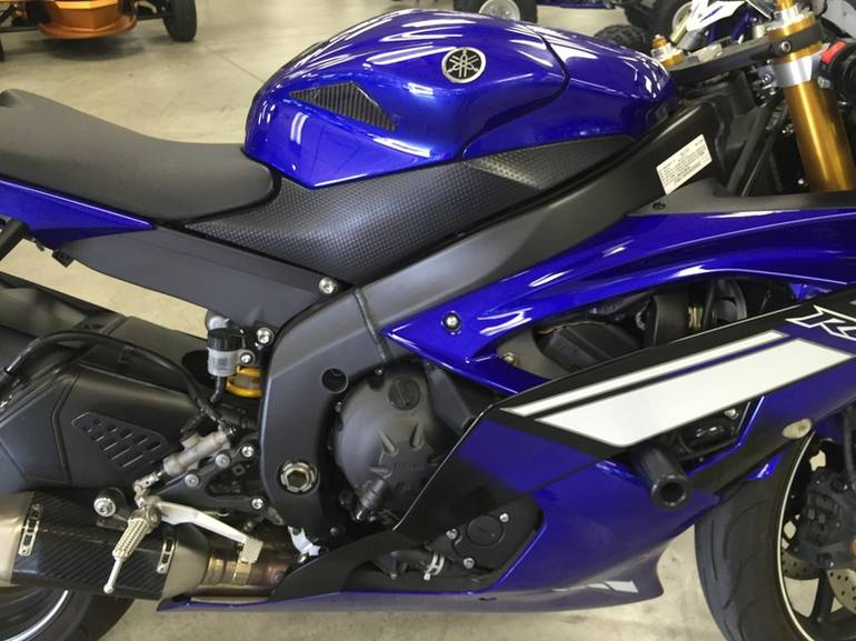 See more photos for this Yamaha YZF-R6, 2012 motorcycle listing