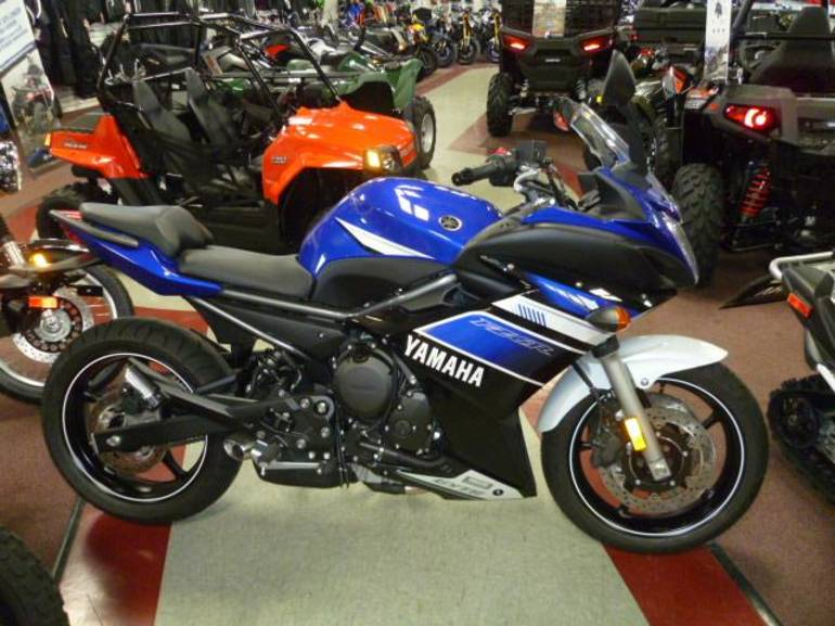 See more photos for this Yamaha FZ6R, 2013 motorcycle listing