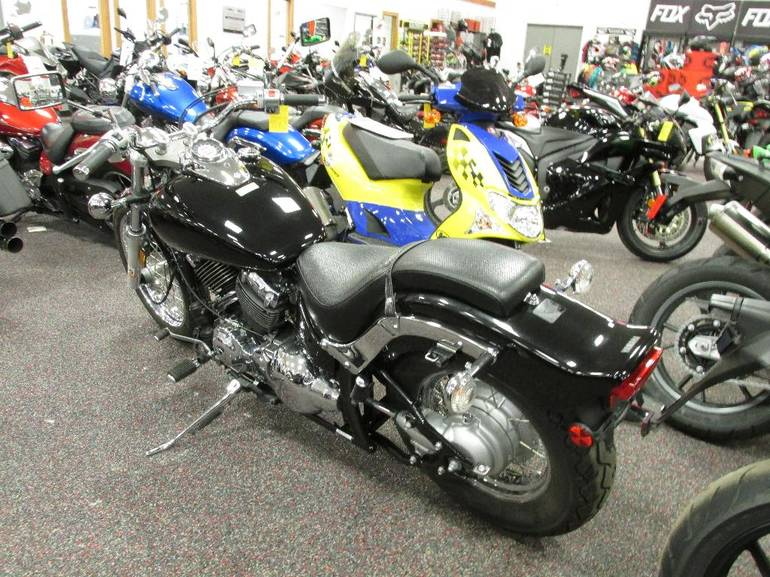 See more photos for this Yamaha V Star Custom, 2013 motorcycle listing
