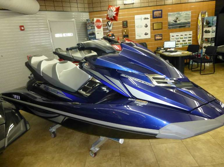 See more photos for this Yamaha FX Cruiser SVHO, 2014 motorcycle listing