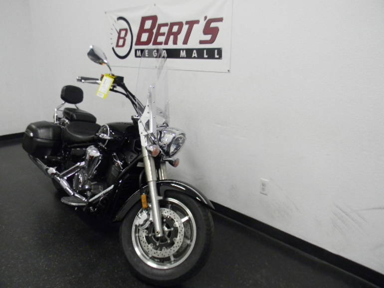 See more photos for this Yamaha V Star 1300 Tourer, 2014 motorcycle listing