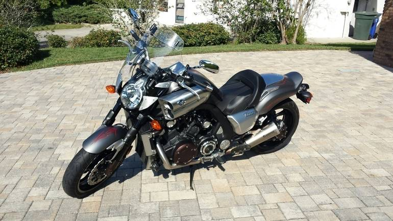 See more photos for this Yamaha Vmax 1700, 2014 motorcycle listing