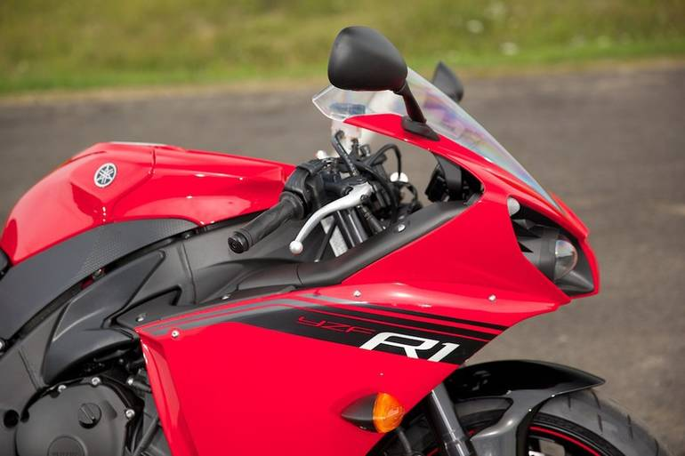 See more photos for this Yamaha YZF-R1, 2014 motorcycle listing