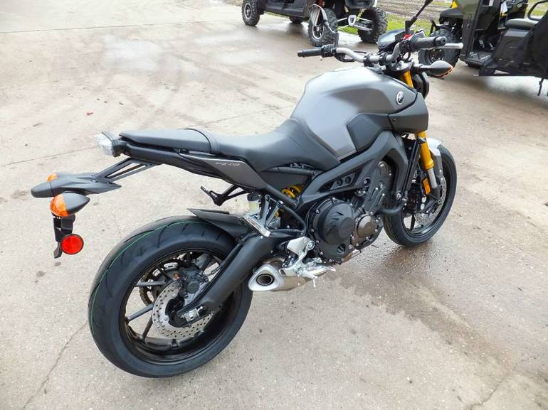 See more photos for this Yamaha FZ-09, 2015 motorcycle listing