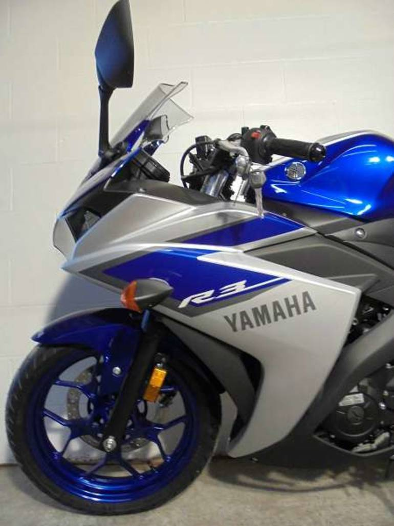 See more photos for this Yamaha R3, 2015 motorcycle listing