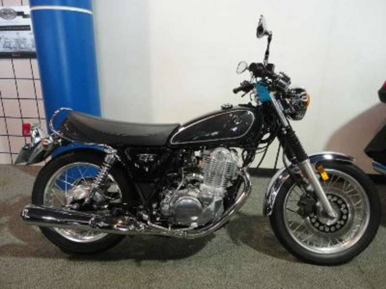 See more photos for this Yamaha SR400, 2015 motorcycle listing