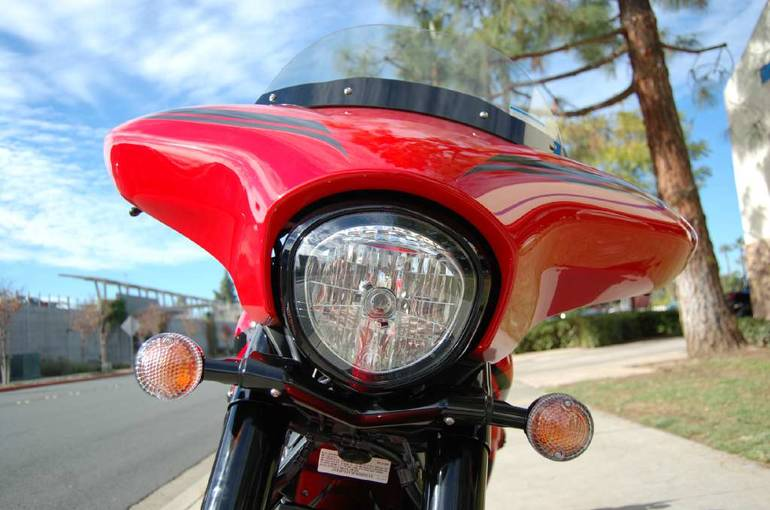 See more photos for this Yamaha V-Star 1300 Deluxe SE, 2015 motorcycle listing