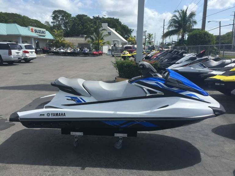 See more photos for this Yamaha VX, 2015 motorcycle listing