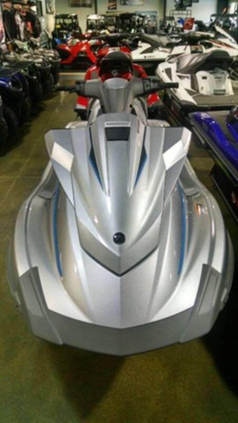 See more photos for this Yamaha WaveRunner VX Deluxe, 2015 motorcycle listing