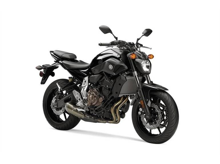 See more photos for this Yamaha FZ-07 Raven, 2016 motorcycle listing