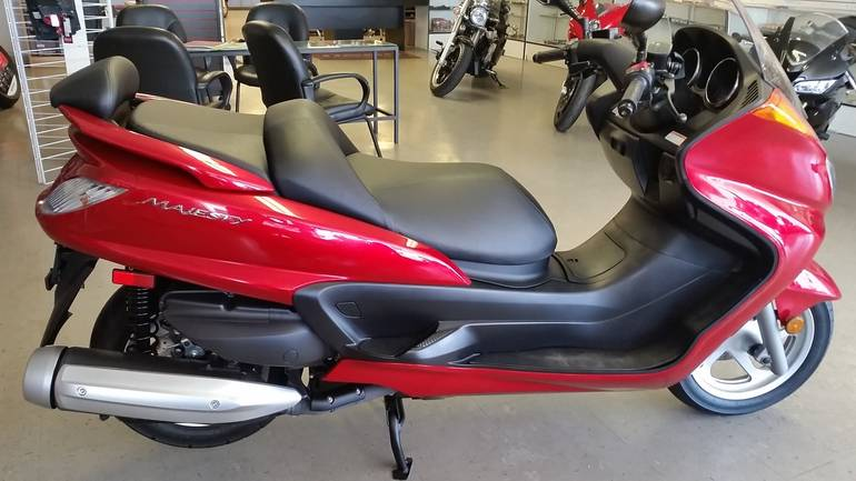 See more photos for this Yamaha MAJESTY 400, 2016 motorcycle listing