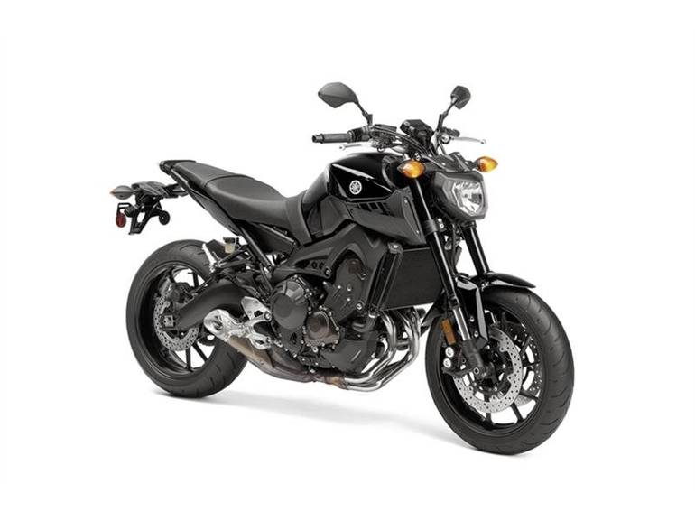 See more photos for this Yamaha FZ-09 RAVEN, 2016 motorcycle listing