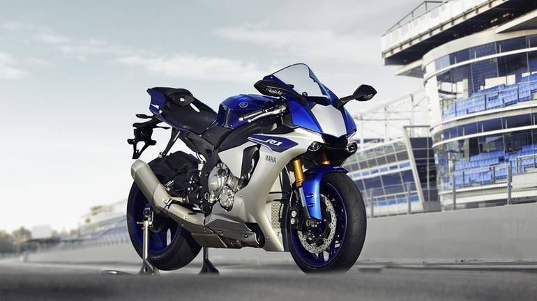 See more photos for this Yamaha YZF-R1, 2015 motorcycle listing