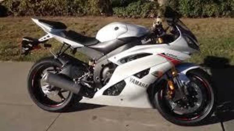 See more photos for this Yamaha YZF-R6 R6, 2015 motorcycle listing