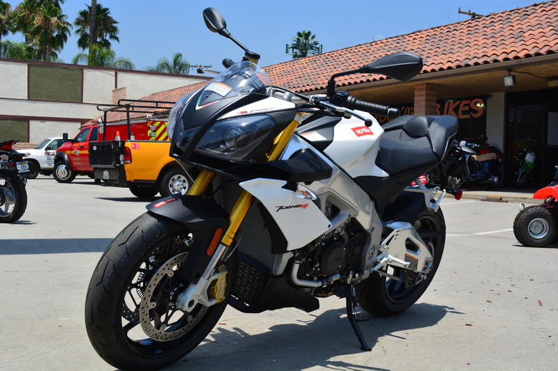 See more photos for this Aprilia Tuono V4 APRC ABS, 2015 motorcycle listing