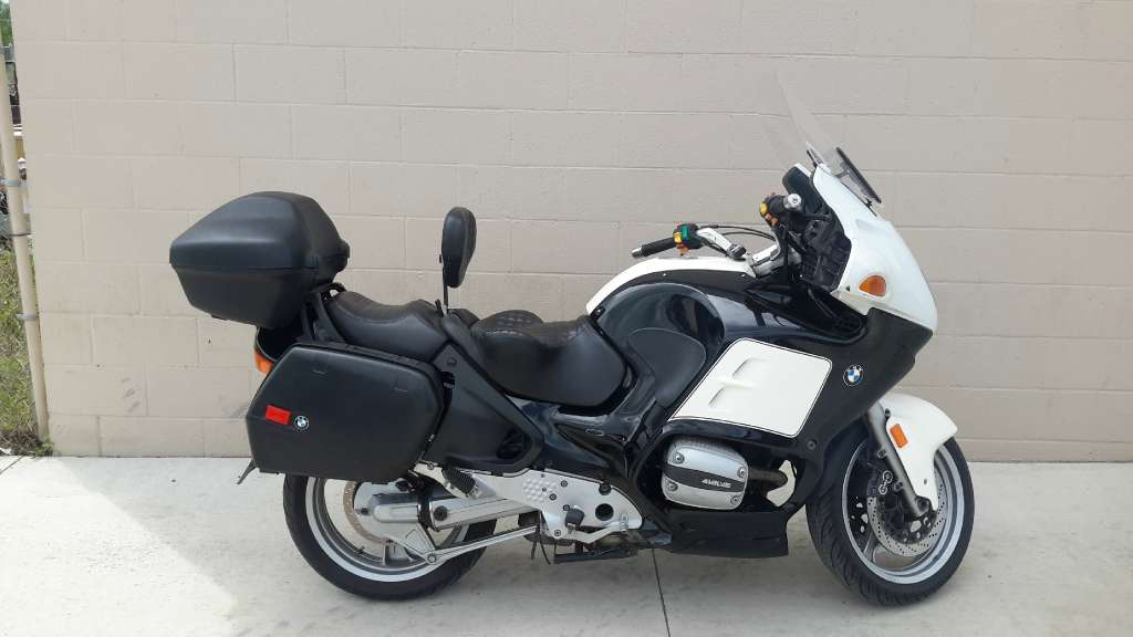 See more photos for this BMW R1100 - RTP, 1998 motorcycle listing