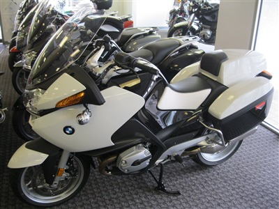 2009 bmw r1200rtp standard motorcycle from beverly ma today sale 14 995. Black Bedroom Furniture Sets. Home Design Ideas
