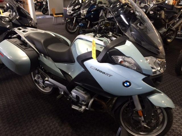 2010 BMW R1200RT, motorcycle listing