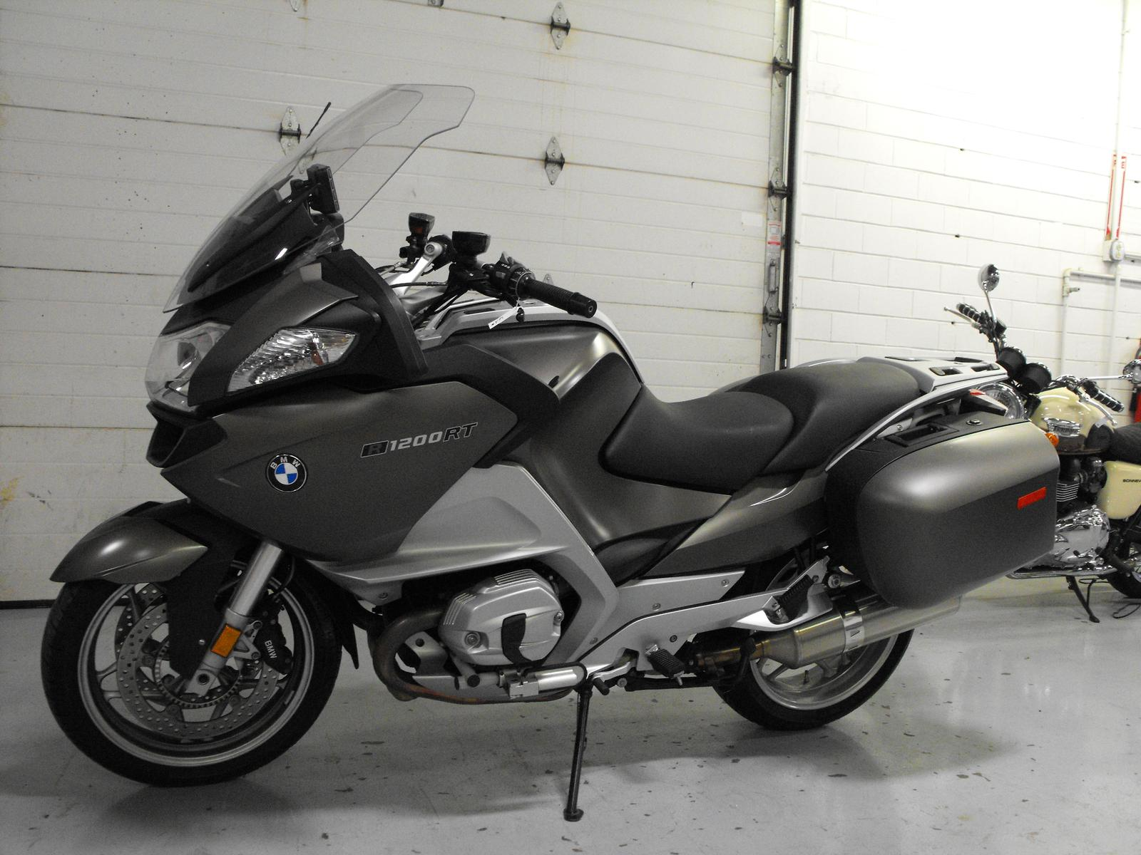 2011 BMW R1200RT, motorcycle listing