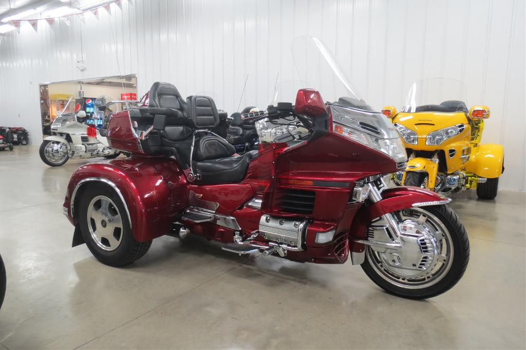 1998 California Side Car GL1500 C.S.C Trike, motorcycle listing