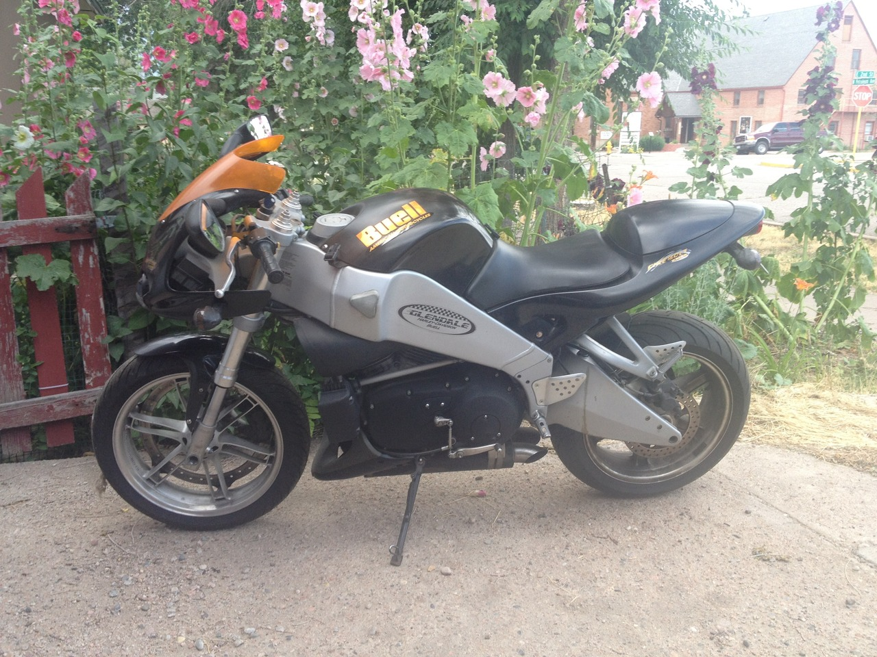 See more photos for this Buell Thunderbolt , 2003 motorcycle listing