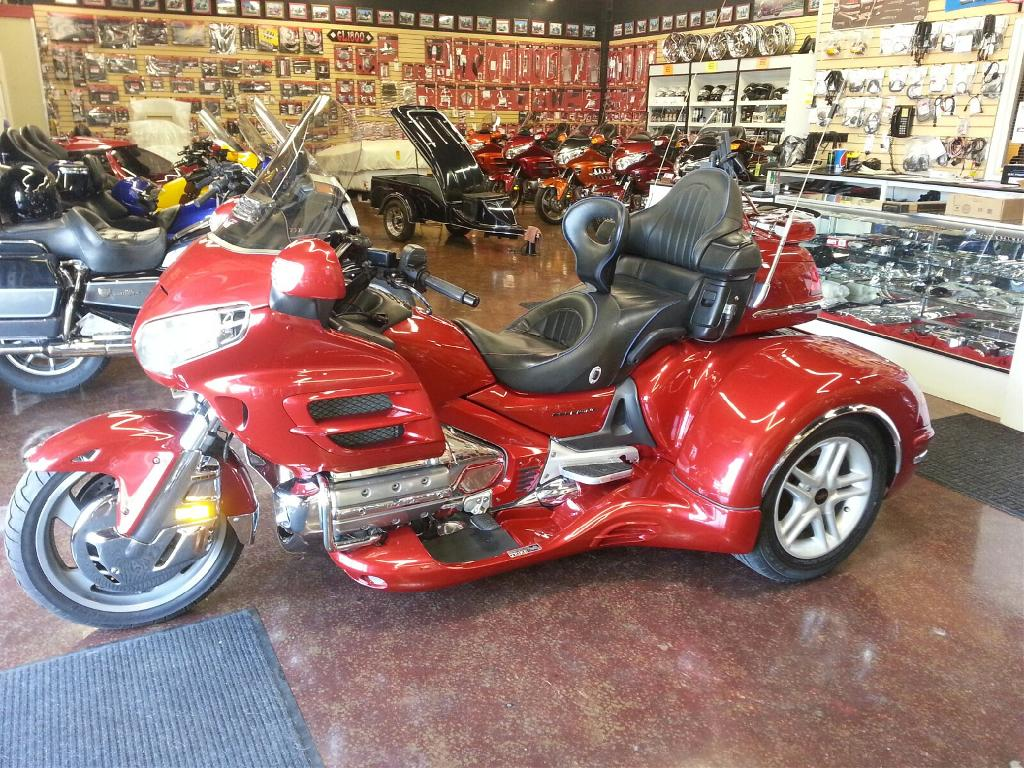 2003 California Side Car GL1800 Cobra, motorcycle listing