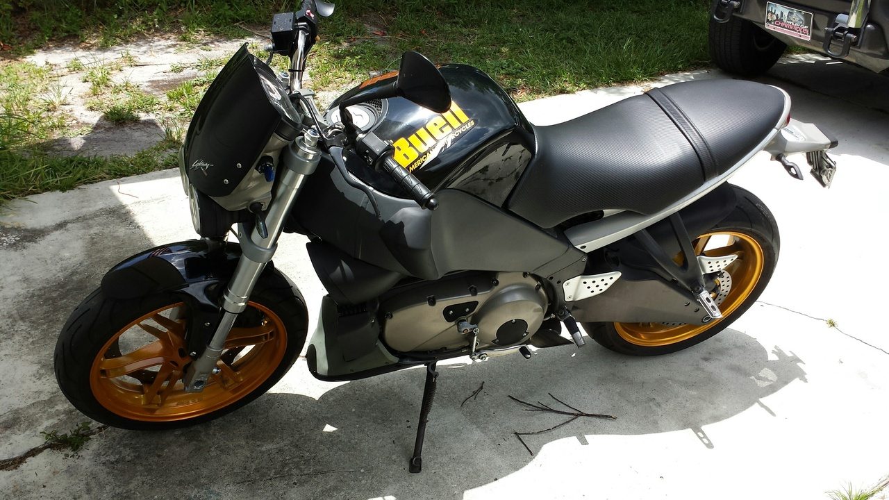 See more photos for this Buell Lightning , 2006 motorcycle listing