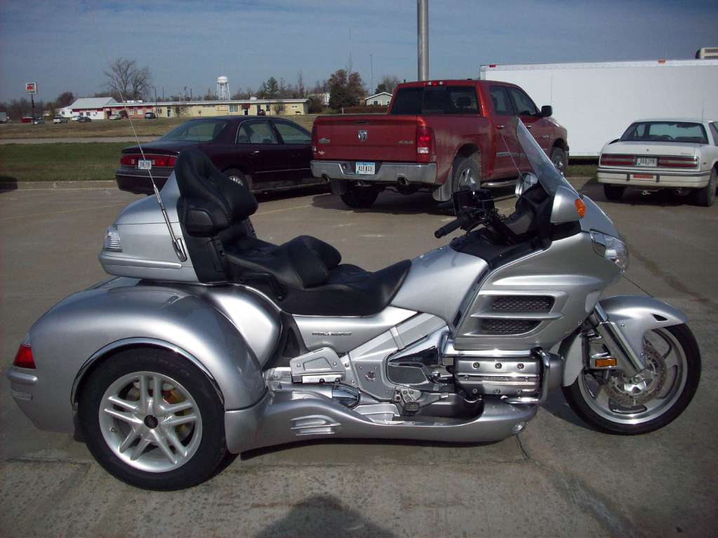 2007 California Side Car GL1800 Cobra, motorcycle listing