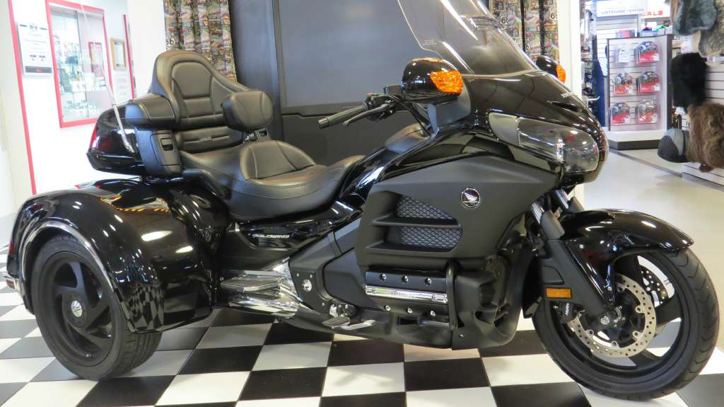2014 California Side Car /Honda GL1800-Viper Trike, motorcycle listing