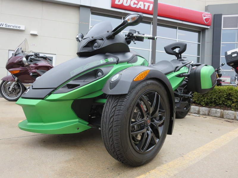 2012 Can-Am Spyder RS SM5, motorcycle listing