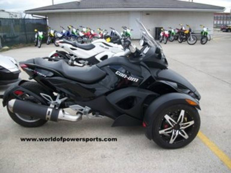 2009 Can Am RS SM5, motorcycle listing