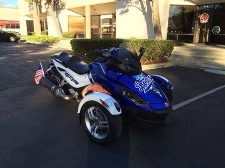2009 Can-Am Spyder RT M5, motorcycle listing