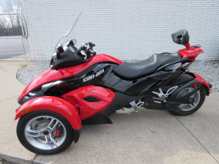 2009 Can-Am Spyder Roadster SM5, motorcycle listing
