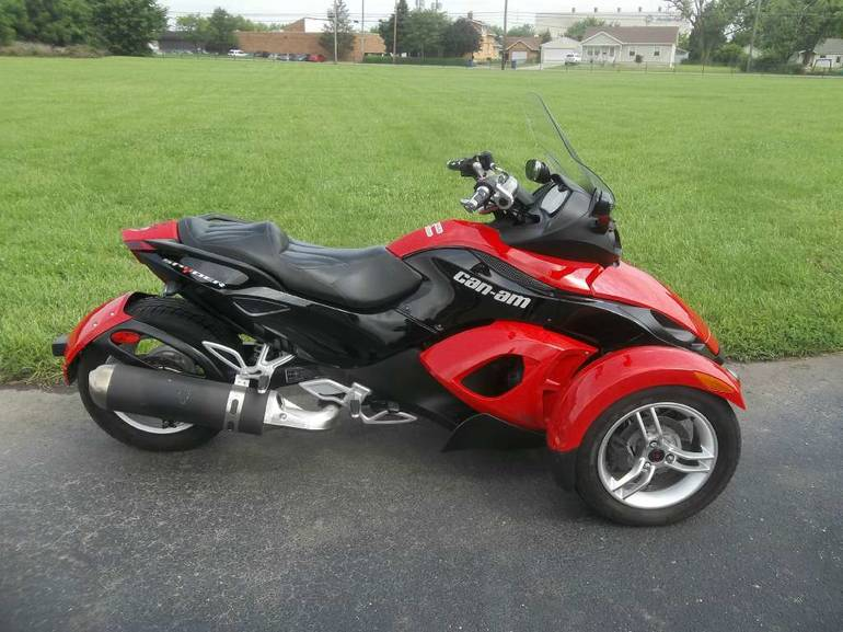 2009 Can-Am Spyder  SM5, motorcycle listing