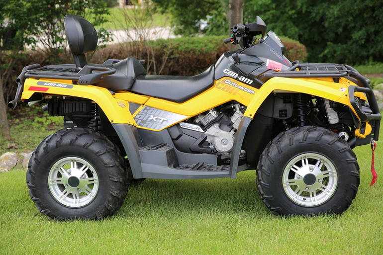 2010 Can-Am Outlander MAX 800R EFI XT, motorcycle listing