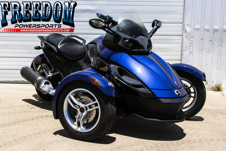 2010 Can-Am RS SE5, motorcycle listing