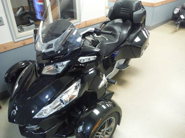 2010 Can-Am SPYDER RT-S-SM5, motorcycle listing