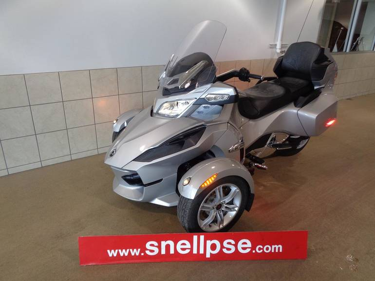 See more photos for this Can-Am SPYDER RT, 2010 motorcycle listing
