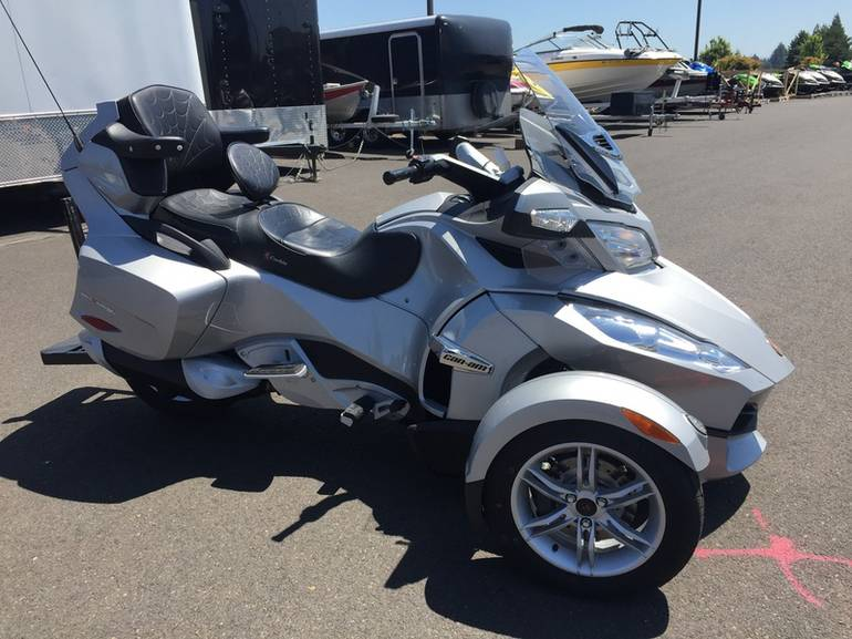 2010 Can-Am Spyder Roadster RT, motorcycle listing