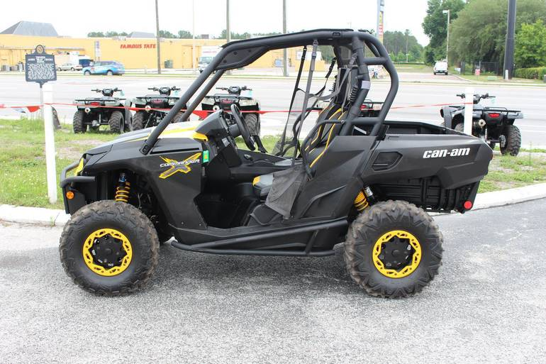 2011 Can-Am COMMANDER 1000 XT, motorcycle listing