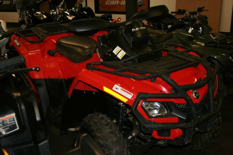 2011 Can-Am Outlander 500 EFI, motorcycle listing