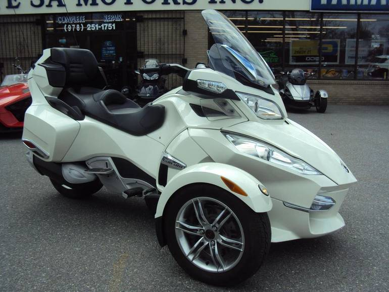 2011 Can-Am RT Limited, motorcycle listing