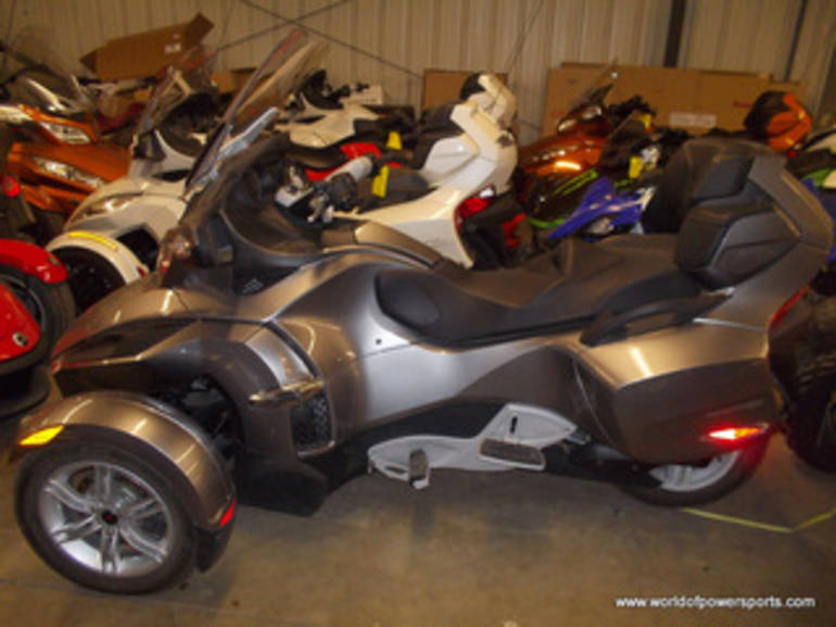 2011 Can Am SPYDER, motorcycle listing