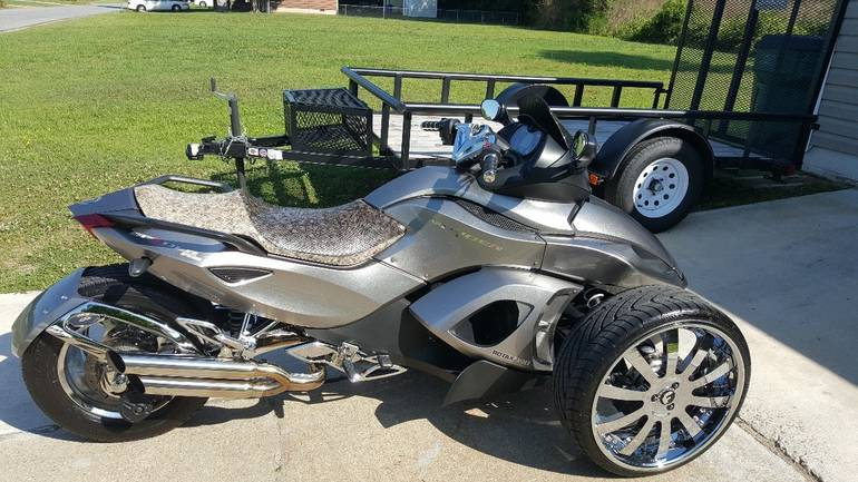 2011 Can-Am Spyder RS SE5, motorcycle listing
