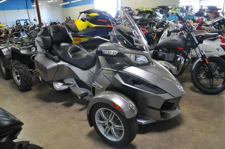 2011 Can-Am Spyder RT A/C SE5, motorcycle listing