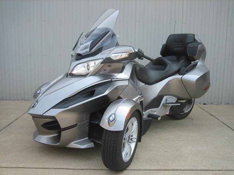 2011 Can-Am Spyder RT A&C SE5, motorcycle listing