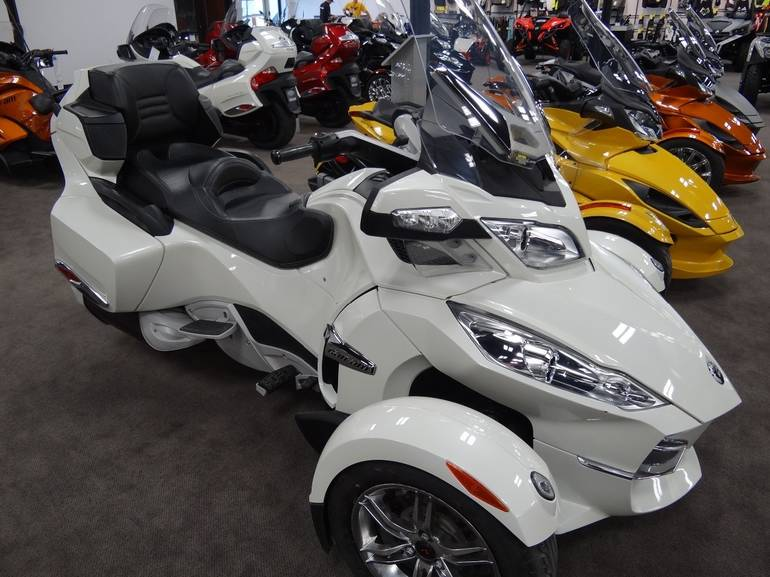2011 Can Am Spyder RT Limited, motorcycle listing