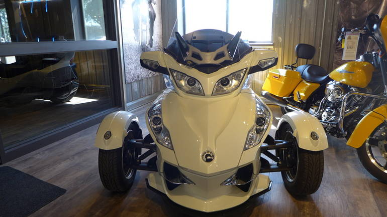 2011 Can-Am Spyder RT Limited SE5, motorcycle listing