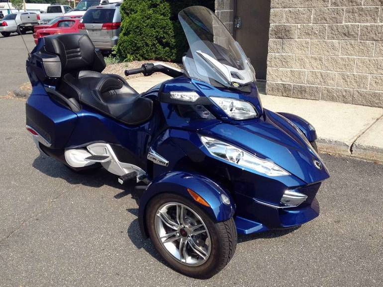 Spyder Motorcycle For Sale >> 2011 Can Am Spyder Rt S Se5 Touring Motorcycle From Enfield